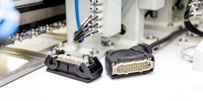 Industry standard Han B size connector simplifies rear-facing assembly